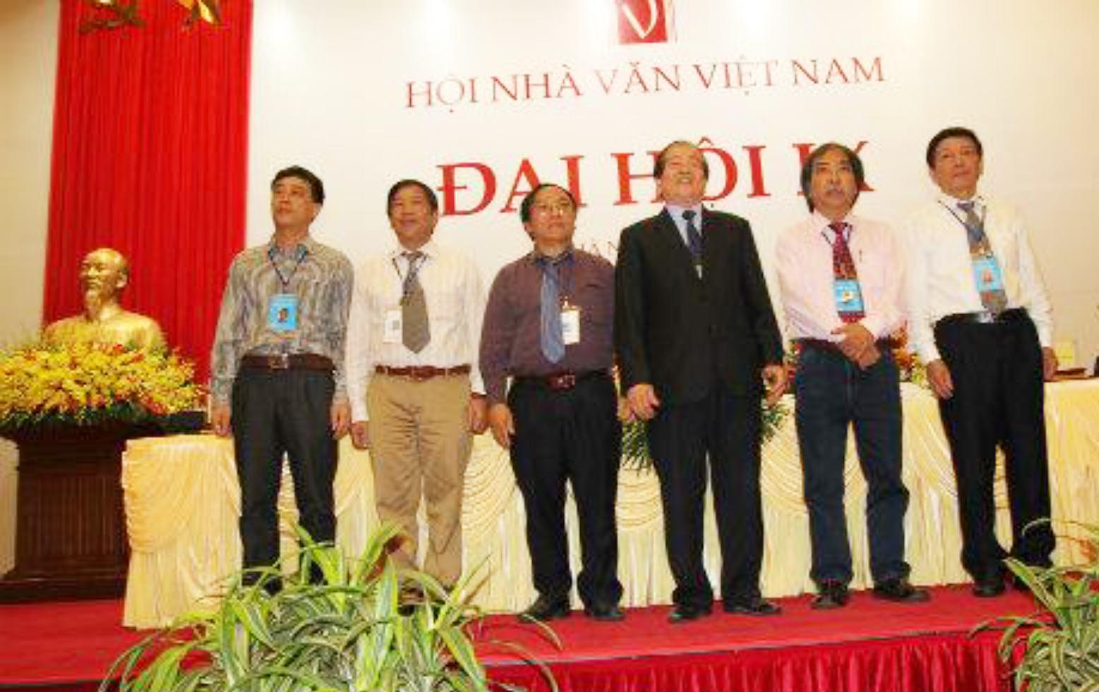 Gửi tới Đại hội Hội Nhà văn lần thứ X - Hội Nhà Văn Thành Phố Hồ Chí Minh